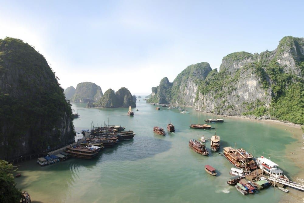 Cruise Halong Bay (Vietnam)