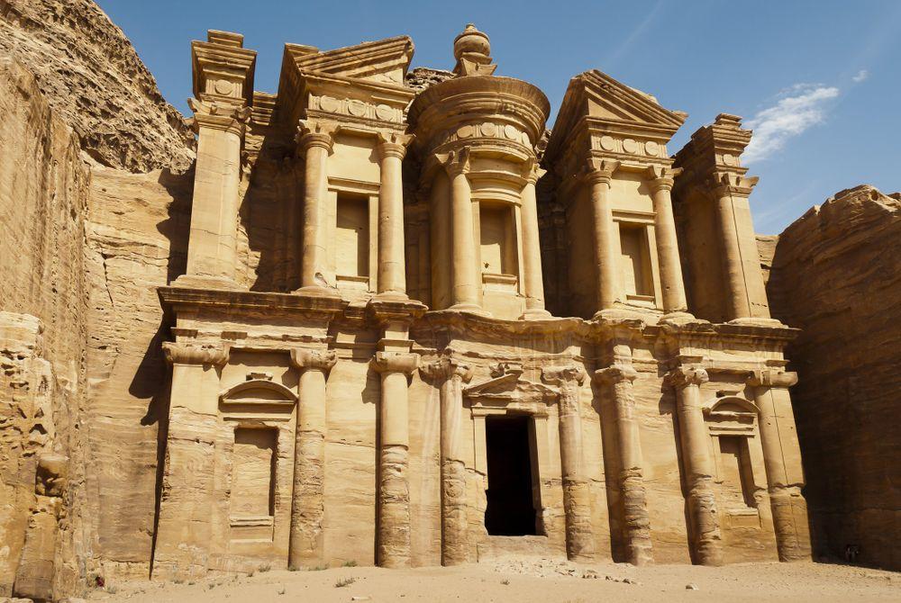 Al Dayr, Petra