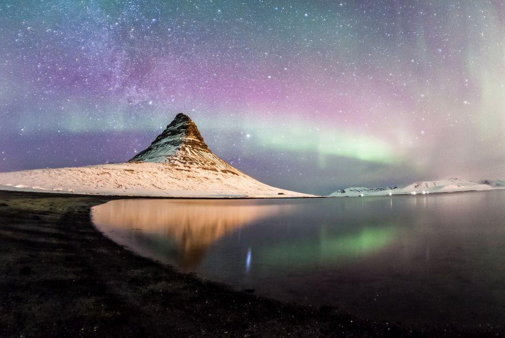 FOTOSERIE: De Kirkjufell berg op IJsland