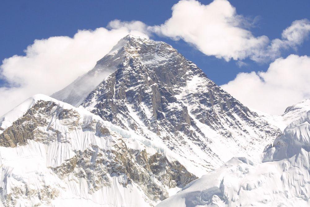Nepal verlaagt prijzen voor het beklimmen van Mount Everest