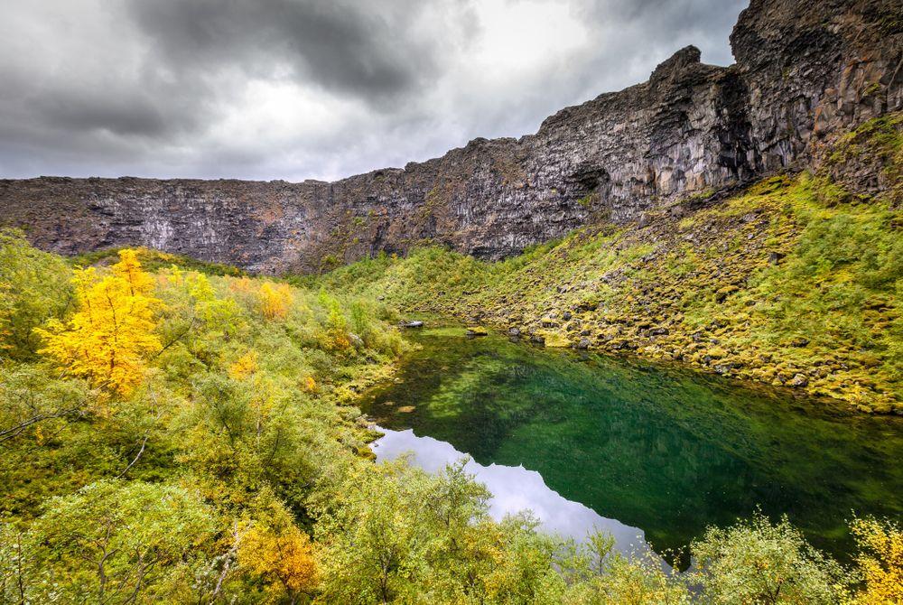 Ásbyrgi: V-vormige kloof op IJsland