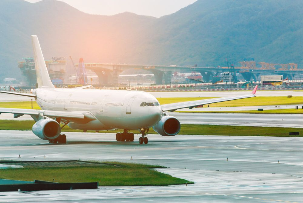 De luchthavens die het verst verwijderd liggen van de stad die ze dienen