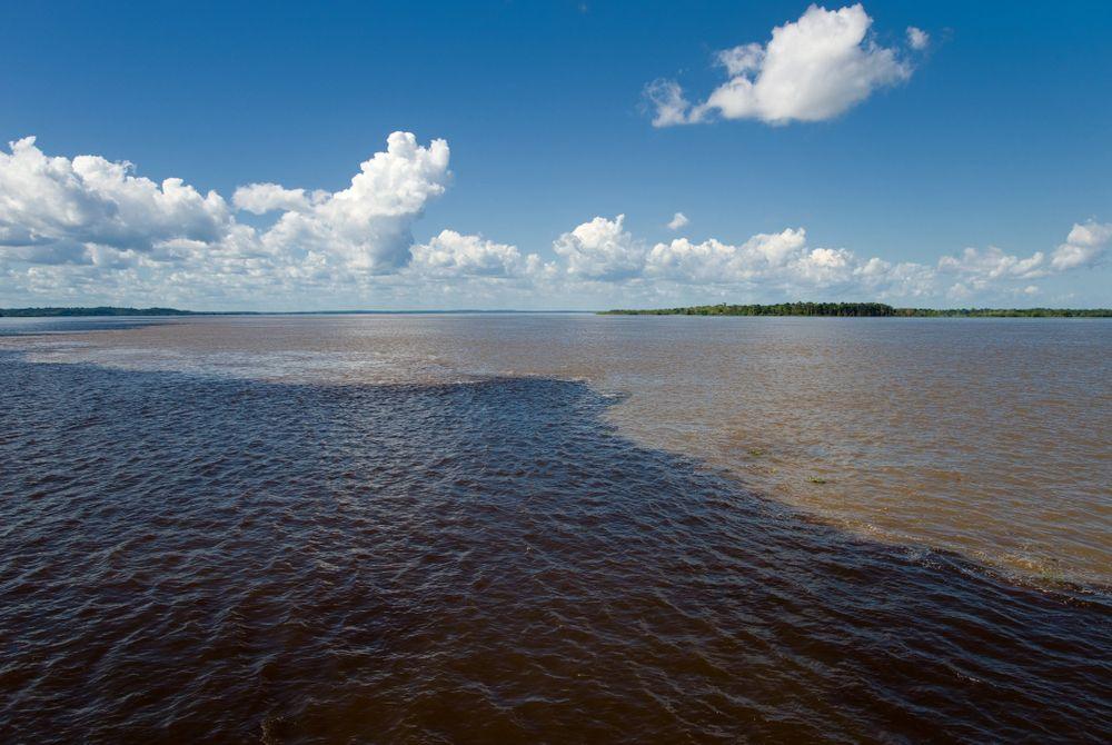 Encontro das Aguas: ontmoeting van wateren in Brazilië