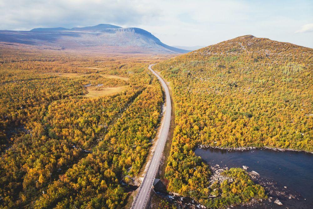 Dit filmpje van een roadtrip Zweden is geweldig