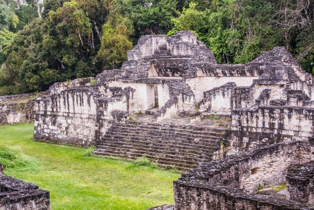 Nieuw bouwwerk oude Maya's ontdekt